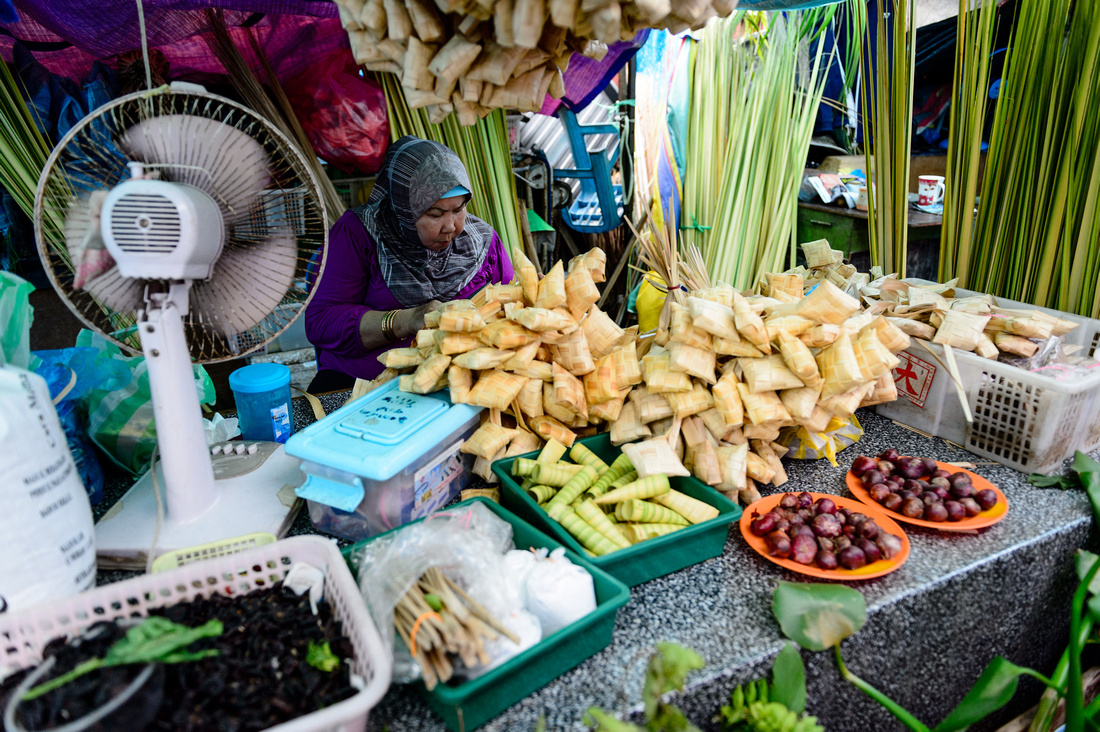 street scenes of a market in Brunei